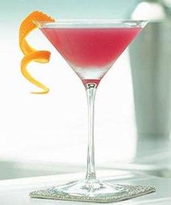 Le Pink Lady est un coktail à base de gin, blanc d'oeuf, grenadine et jus de citron.